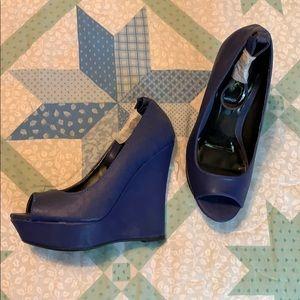Qupid blue wedge pump peep toe ankle strap 6.5